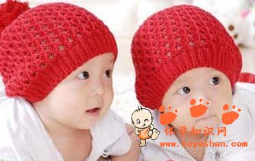 怀双胞胎有什么症状_怀双胞胎的早期症状