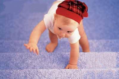 半岁~3岁宝宝不同运动选择